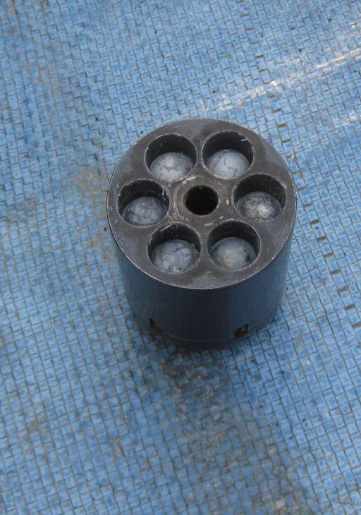 022013 cylinder