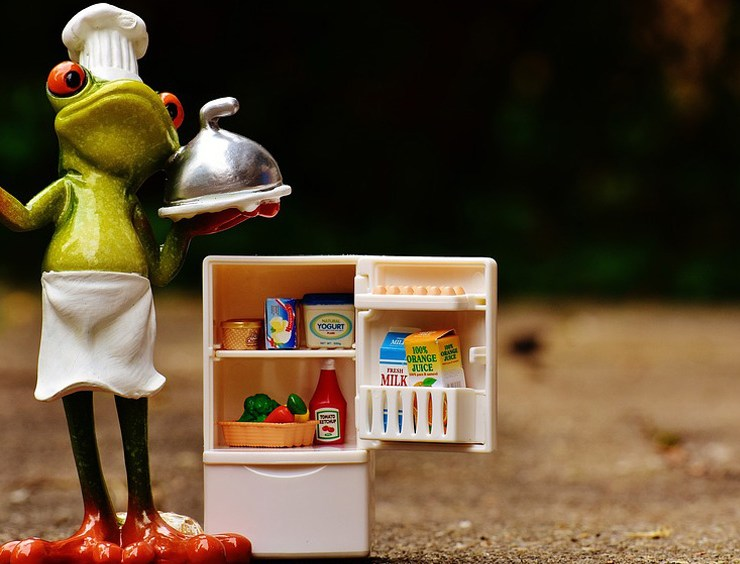 How to Organise Your Fridge to Keep Food Fresher For Longer