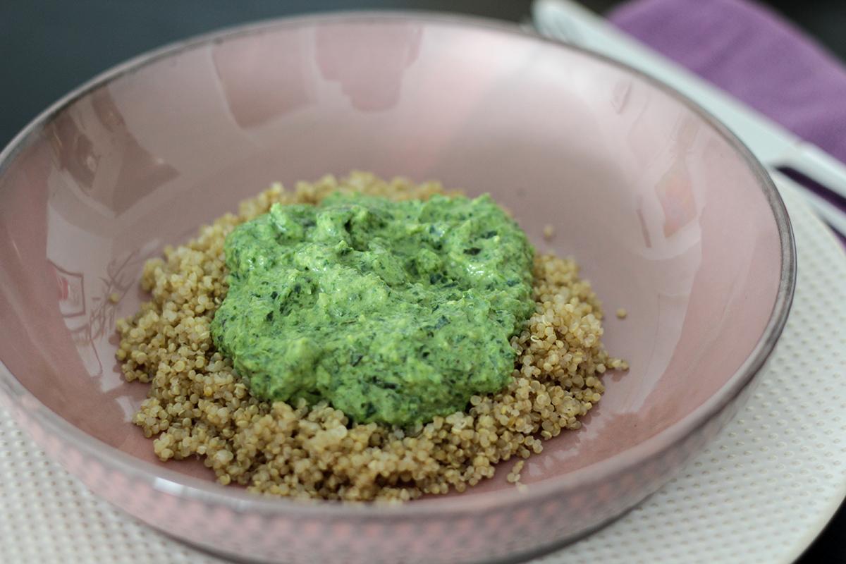 Salsa verde proteica y vegana