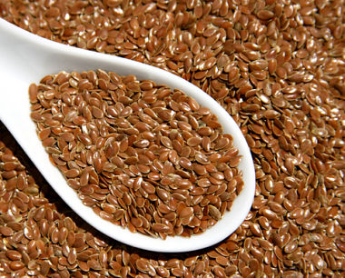 flax-seed-in-spoon_opt