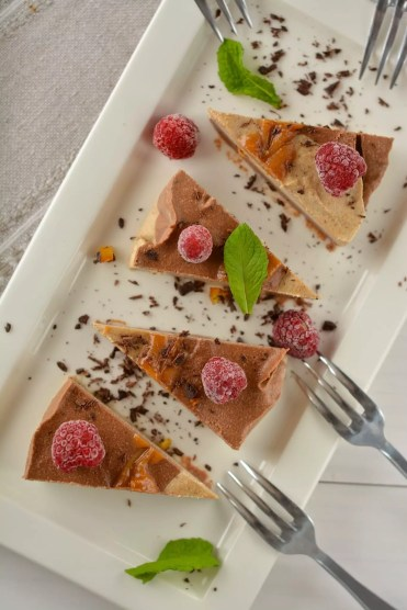 Raw Vegan Cheesecake Recipe with Cashews and Peanut Butter Swirls