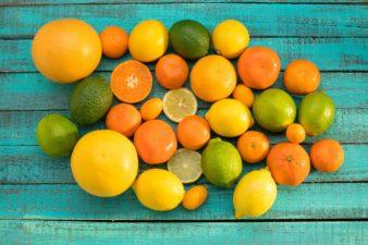Pourquoi vous devriez manger plus d'agrumes ?