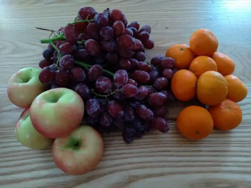 Apples grapes oranges