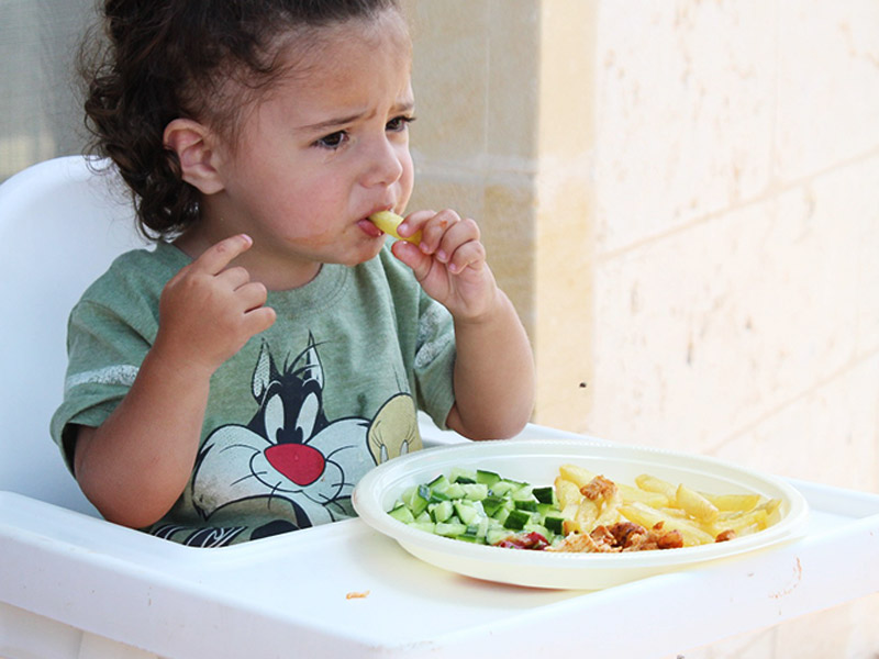 Baby Led Weaning: Let Your Baby Have More Control