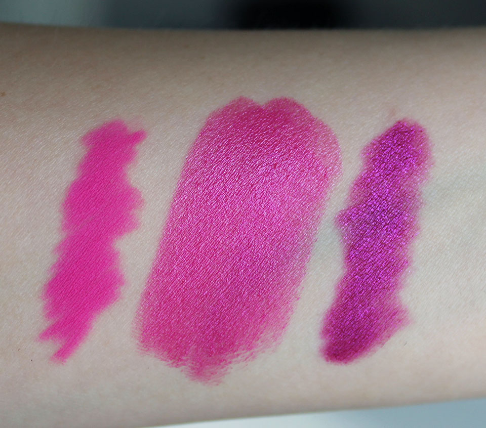 MAC-Amplified-Creme-Lipstick-Show-Orchid-02