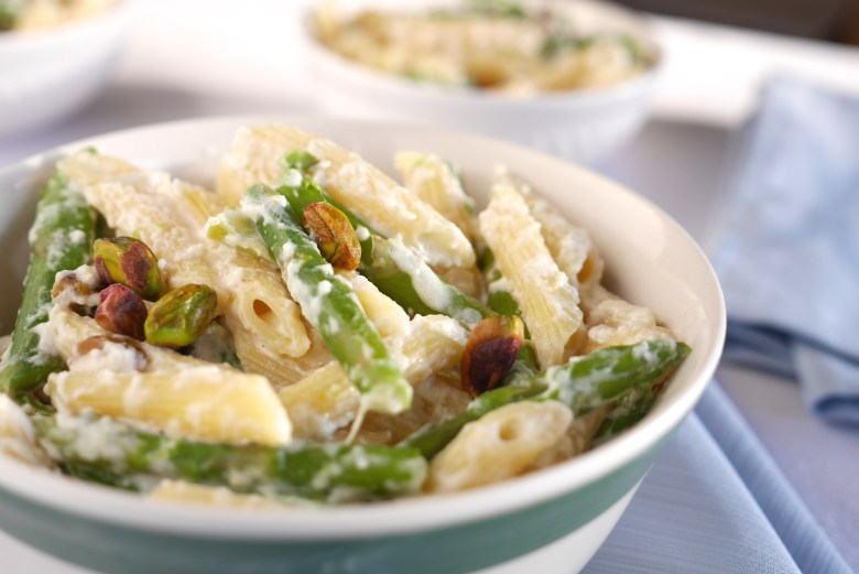 Asparagus and Pistachio Pasta