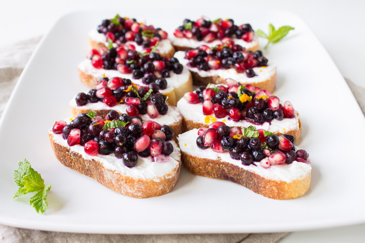 Wild-Blueberry-Pomegranate-Bruschetta-2