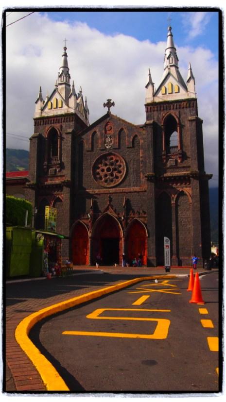 Basilica Nuestra Señora del Rosario de Agua Santa Church