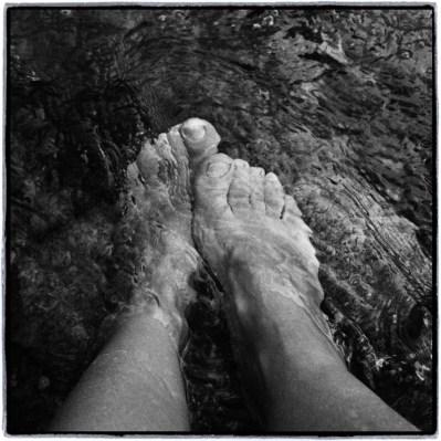 15 km yürüyünce nehre ayakları batırmak şart