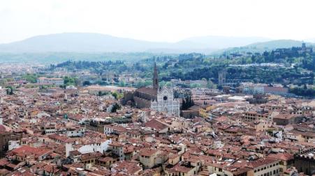 Lungarno Santa Croce vue de la coupole du Duomo