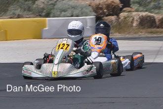 The Jr-2 main was a place swapping affair but in the end Boden Barnwell (19) got past Issac Bourque who is leading in this photos..