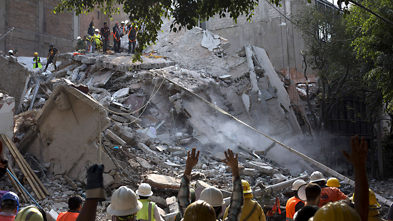 mexico city quake 10102104629-159532