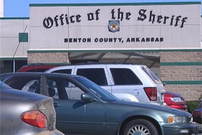 Benton County Jail Known As Toughest Around_-396288992356841306
