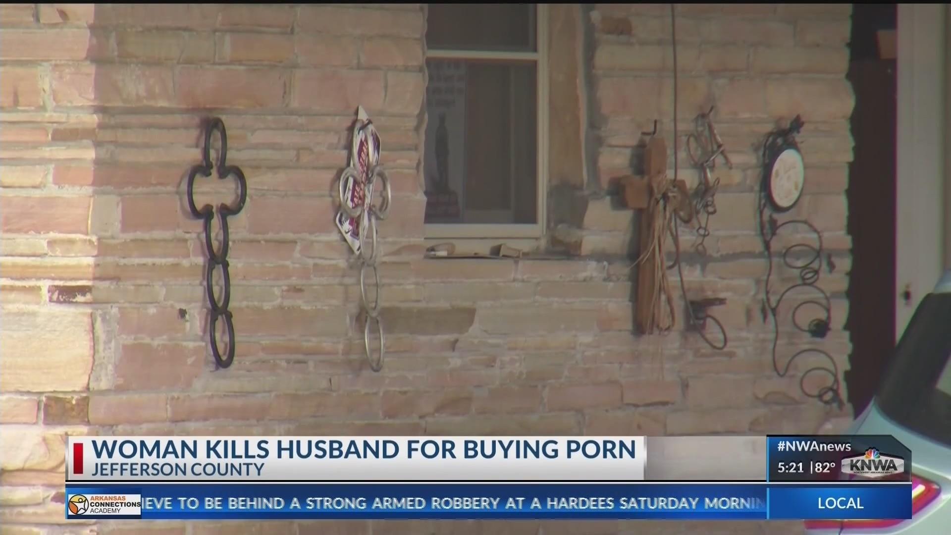 Woman_Kills_Husband_Over_Porn_KNWA_0_20180729235159