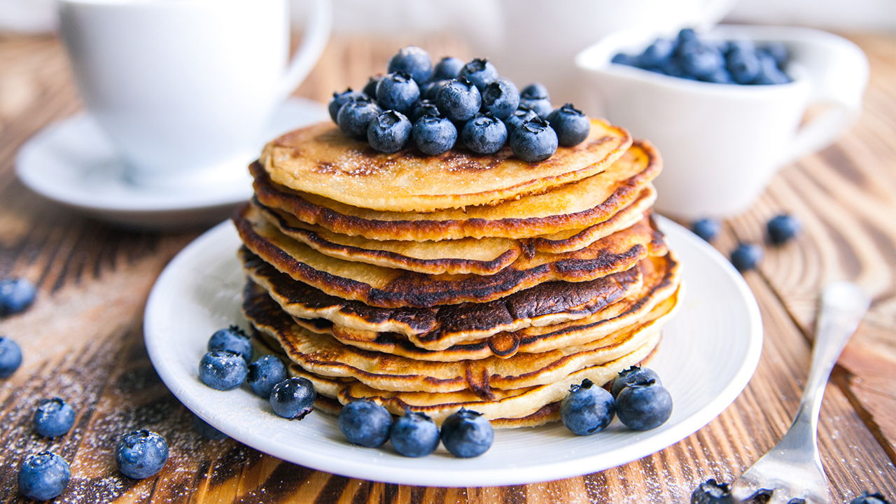 blueberry-pancakes-recipe-food-breakfast_1514579528243_326985_ver1_20171230054903-159532