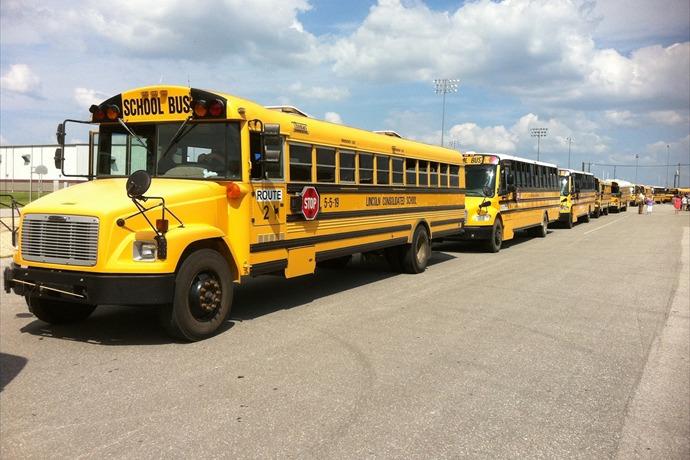 Lincoln School District, Lincoln School, Lincoln School Buses_5091485702919569653