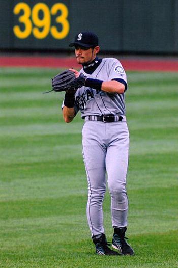 https://i2.wp.com/www.nwasianweekly.com/wp-content/uploads/2012/31_31/sports_ichiro.jpg?resize=350%2C526