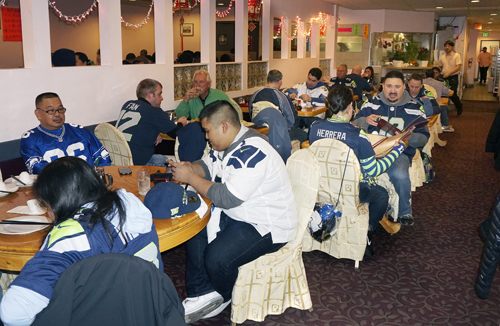 https://i2.wp.com/www.nwasianweekly.com/wp-content/uploads/2014/33_05/editorial_seahawks.jpg?resize=500%2C326