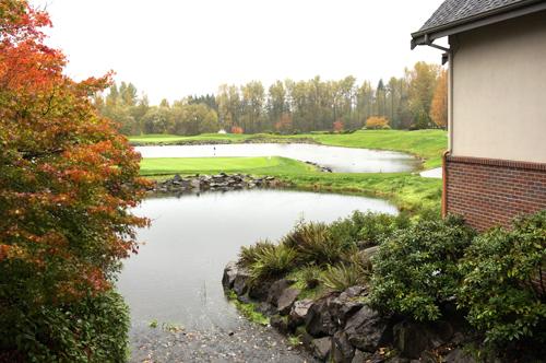 https://i2.wp.com/www.nwasianweekly.com/wp-content/uploads/2015/34_46/front_golf4.JPG?resize=500%2C332