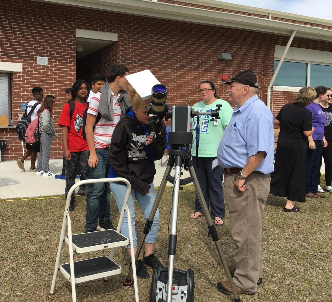 Walton Middle School Solar Gaze 29 Mar Northwest