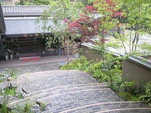 丹波四季菜料理・宮本屋|関西の松茸狩りが出来るスポット