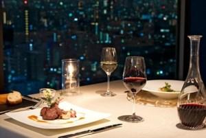 東京のホテルディナーと夜景