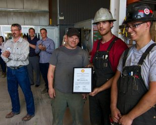NWP-Shell-Can-Award-of-Excellence 075