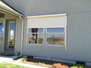 Stucco Fabric Solar Power - Motorized opening