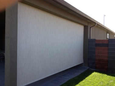 Stucco cable guided 90% blockage solar shade