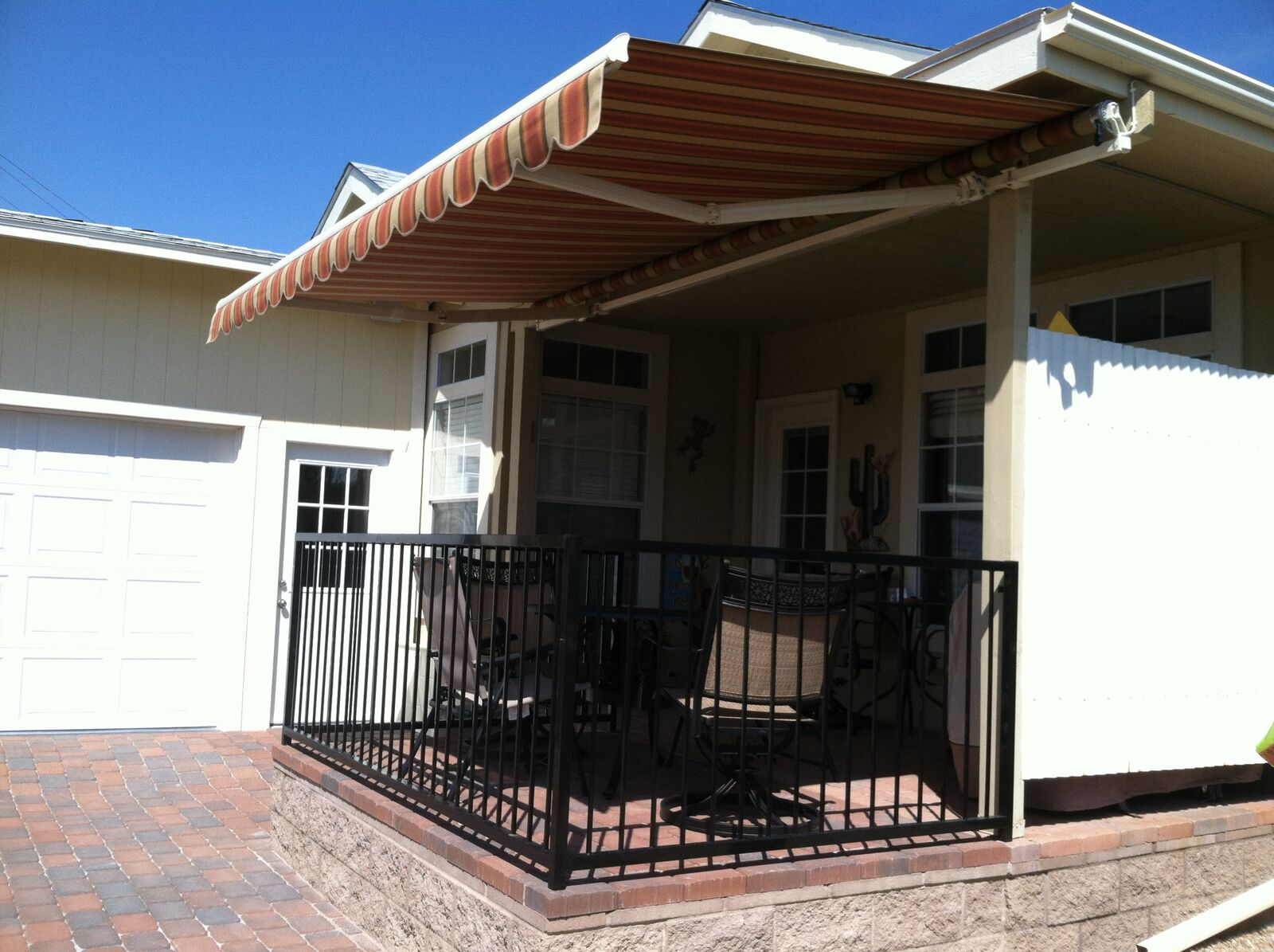 IMG_1051 Retractable Awning 1