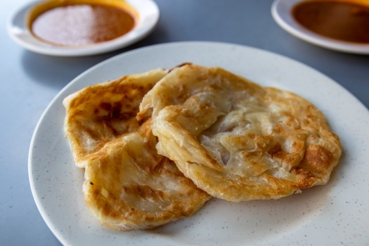 A plate of Kosong Prata from Mr and Mrs Mohgan's Super Crispy Prata