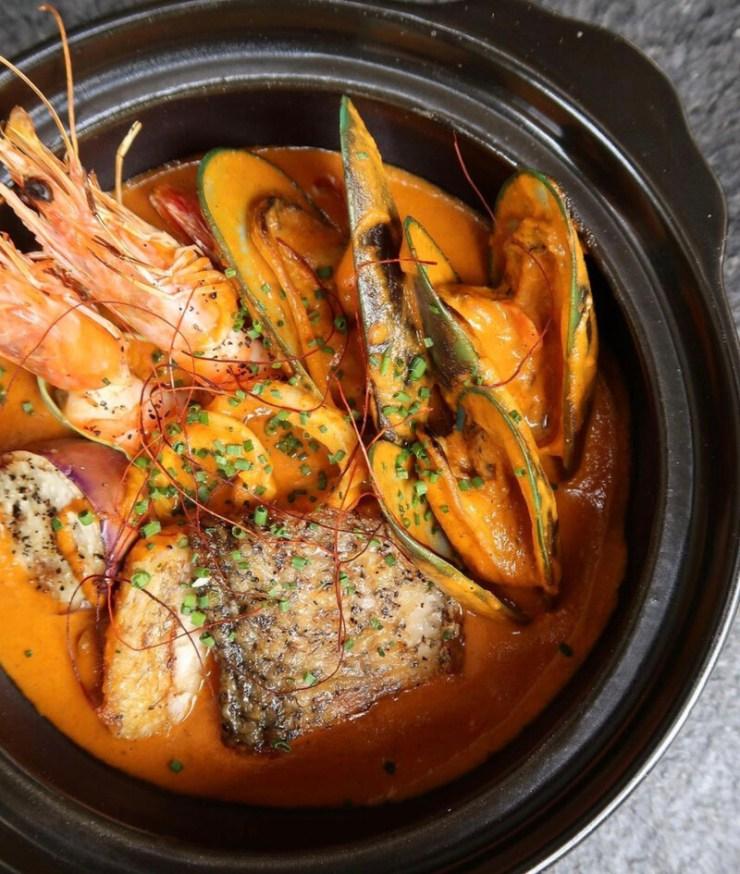 Butter seafood masala