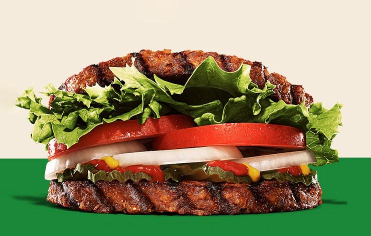 VegNews.BurgerKingWhopperVeganJapan1