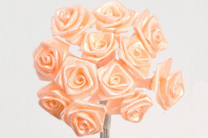 DIY – Make Ribbon Rose