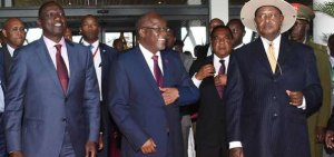 Tanzania's President John Magufuli (centre) and his Ugandan counterpart Yoweri Museveni (right) and Kenya Deputy President William Ruto during an East African community meeting on September 8, 2016 in Dar es Salaam (Photo: DPPS)