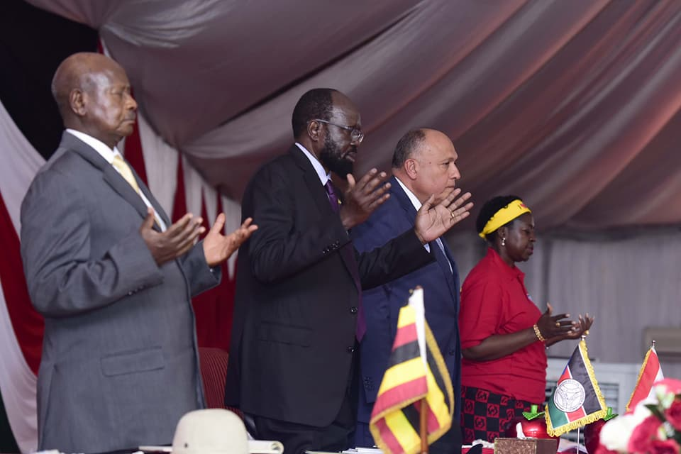 Ugandan president Yoweri Museveni (L) South Sudanese President (c) and Egyptian Foreign Minister Sameh Shoukri as they pray during the opening session of the SPLM 4th National Convention in Juba May 03, 2018 (File photo )