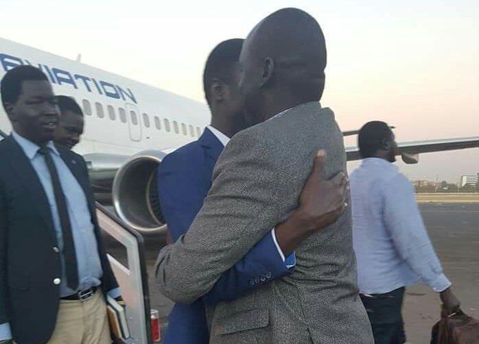BREAKING: Ex-Machar spokesman James Gatdet Dak arrives in Khartoum
