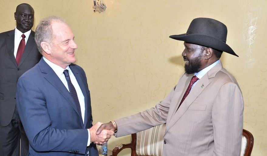 UN envoy and head of UNMISS, David Shearer, meeting President Salva Kiir Mayardiit at state house in Juba on Tuesday, 12 February 2019 (Photo credit: supplied/Nyamilepedia)
