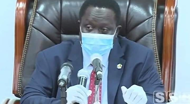 Gov't warns of mandatory COVID-19 vaccination certificate