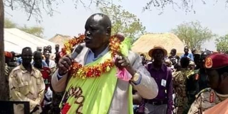 SPLA-IO commander of sector one Gen. Johnson Olony and SPLM-IO Chairman Dr. Riek Machar in Pagak 2016 (File: Supplied/Nyamilepedia)
