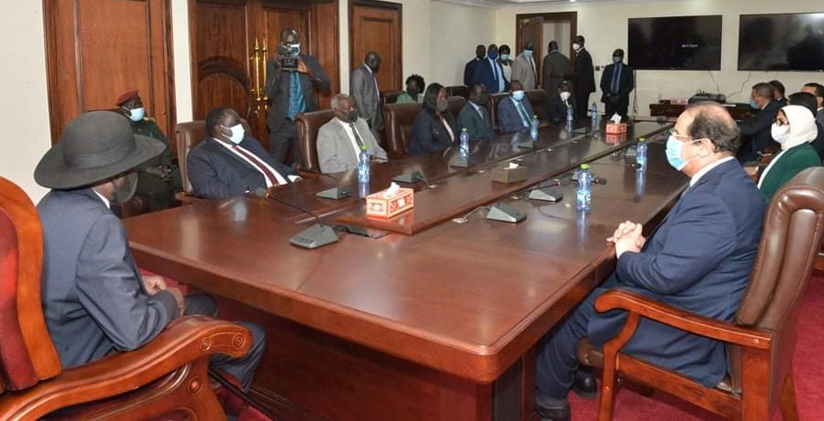 Egyptian Intelligence Chief Abbas Kamel and Health minister Hala Zayed (right) meeting president Salva Kiir in Juba (Photo by the Presidency)