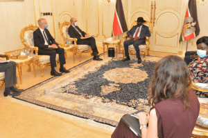 President Kiir receiving the UK Minister for Africa, Hon James Duddridge and the UK Envoy for Famine Prevention and Humanitarian Affairs, Nick Dyer, at his palace in Juba, October 22, 2020(Photo credit: courtesy image/Nyamilepedia)