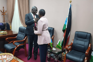 National Minister of Defense and Veterans Affairs, Hon Angelina Teny meeting the CES governorHon. Emmanuel Adil Anthony in his office in Juba, on Thursday, Oct 8, 2020(Photo credit: Nyamilepedia)