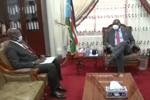 Eastern Equatoria State Governor Louis Lobong Lojore meeting the First Vice President, Dr. Riek Machar Teny on Thursday October 08, 2020(Photo credit: Courtesy image/Nyamilepedia)