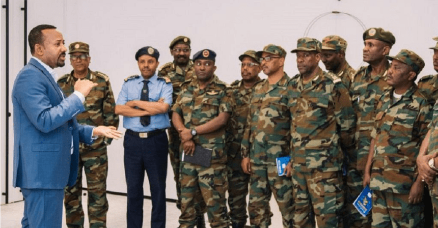 Prime Minister Abiy Ahmed with Ethiopian army.(Photo credit: Courtesy image/Africanews)