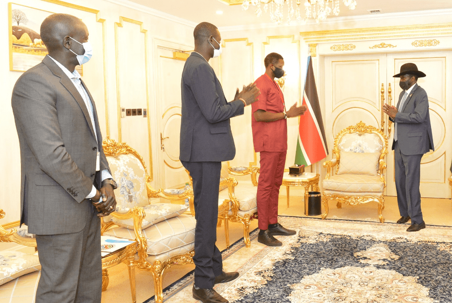 President Kiir receiving Luol Deng Deng and his Basketball team in J1(Photo credit: Courtesy image/J1)
