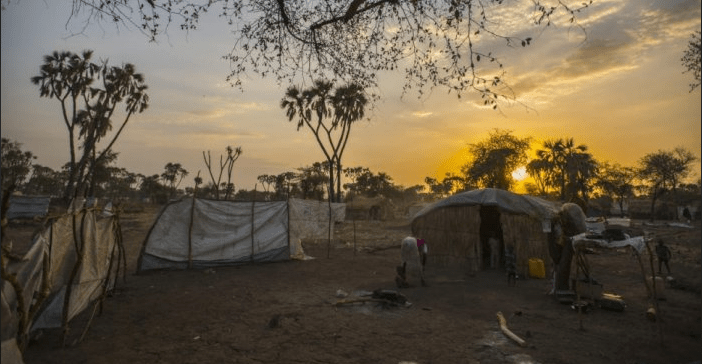 Sunset over Doro refugee camp in Mabaan County, South Sudan, June 2013. © UNHCR/Sebastian Rich