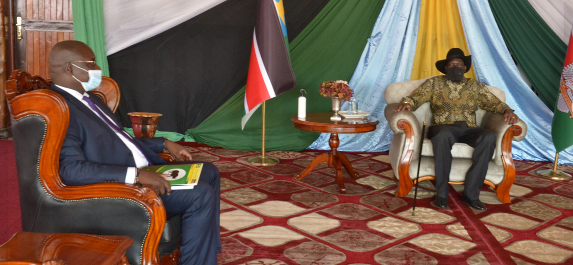 President Salva Kiir meeting CES governor Hon. Emmanuel Adil Anthony on March 8, 2021(Photo credit: Nyamilepedia)