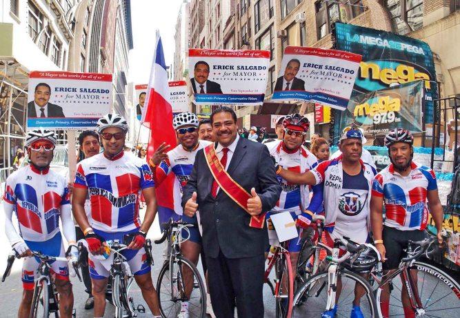 Salgado with bikesEsmall