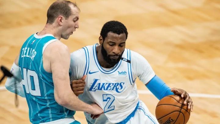 Andre Drummond atrapó 12 rebotes en el juego del martes de los Lakers   Jacob Kupferman/Getty Images.